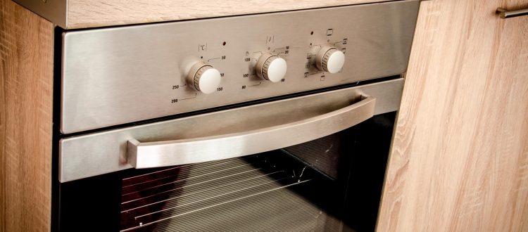 Nani Apartments - Pine Apartment - Kitchen Oven